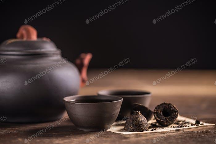 Hot pu-erh tea