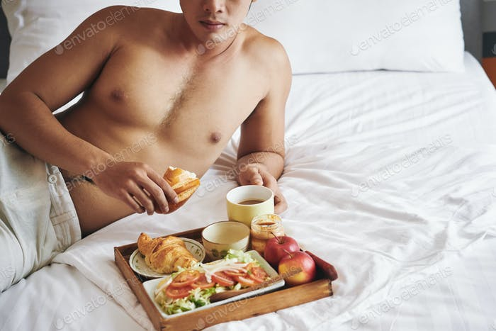 Comer el desayuno