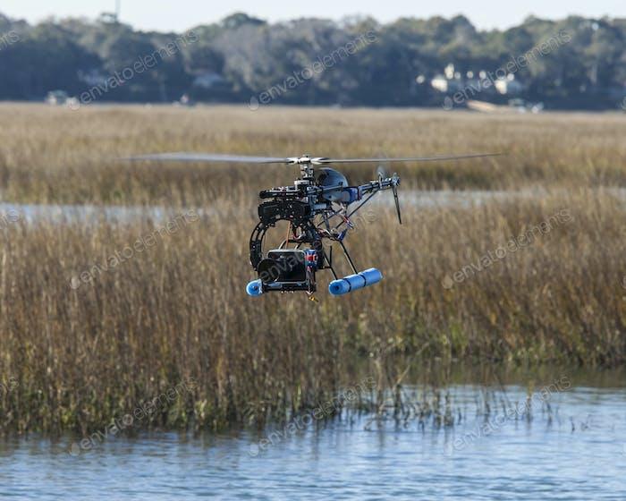 HubschrauberDrohne mit Kamera
