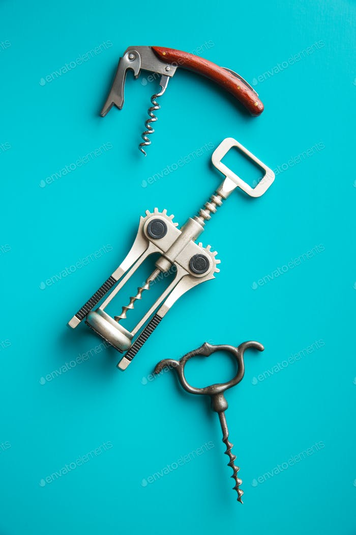Various types of corkscrews.