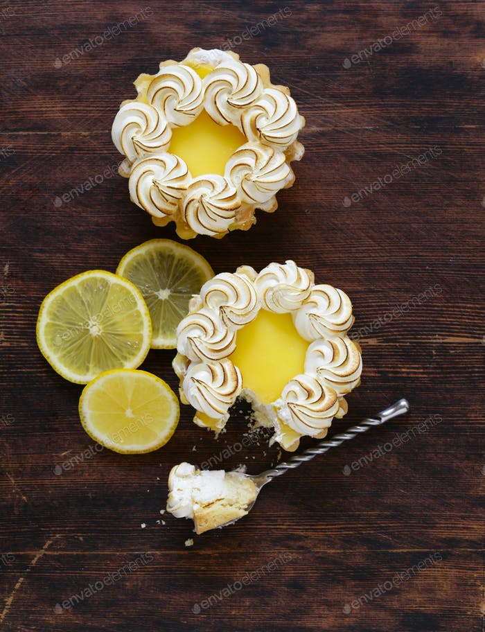 Tartlet With Lemon Cream And Meringue
