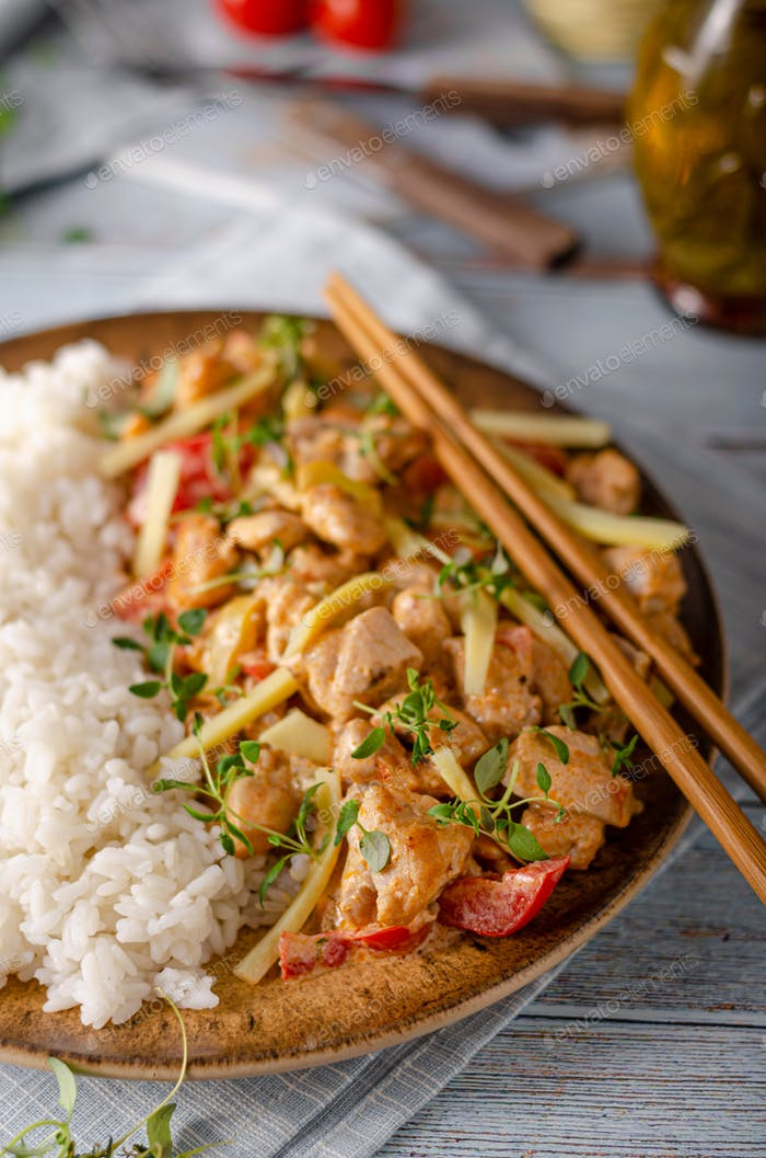 Hot red curry and rice