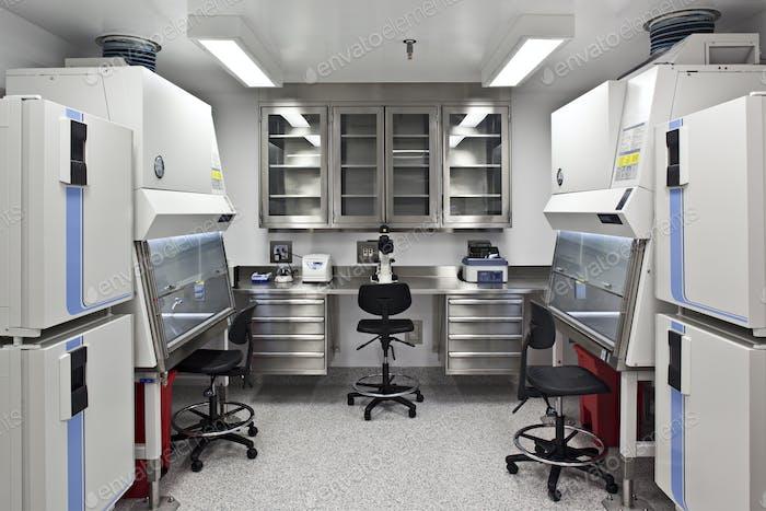 53752, Maquinaria en laboratorio