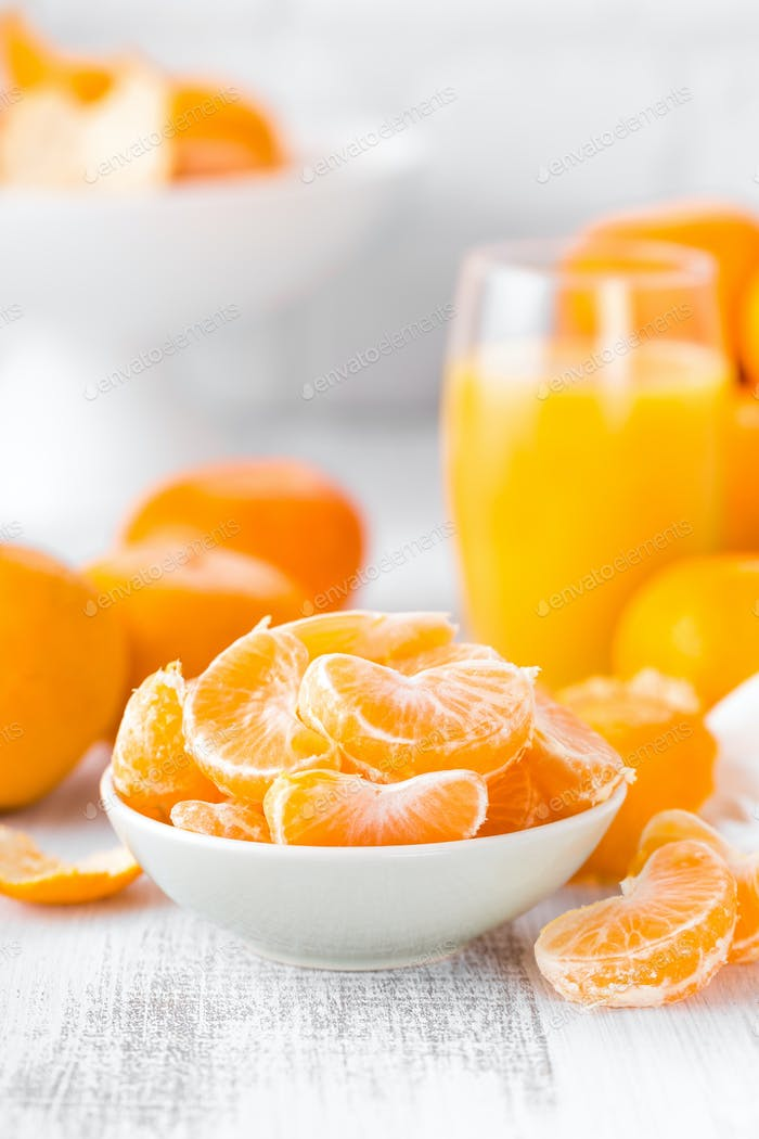 Fresh peeled mandarins, tangerines