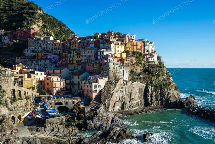 Scenic view of Manarola village and the sea in Liguria region, Cinque Terre, northern Italy