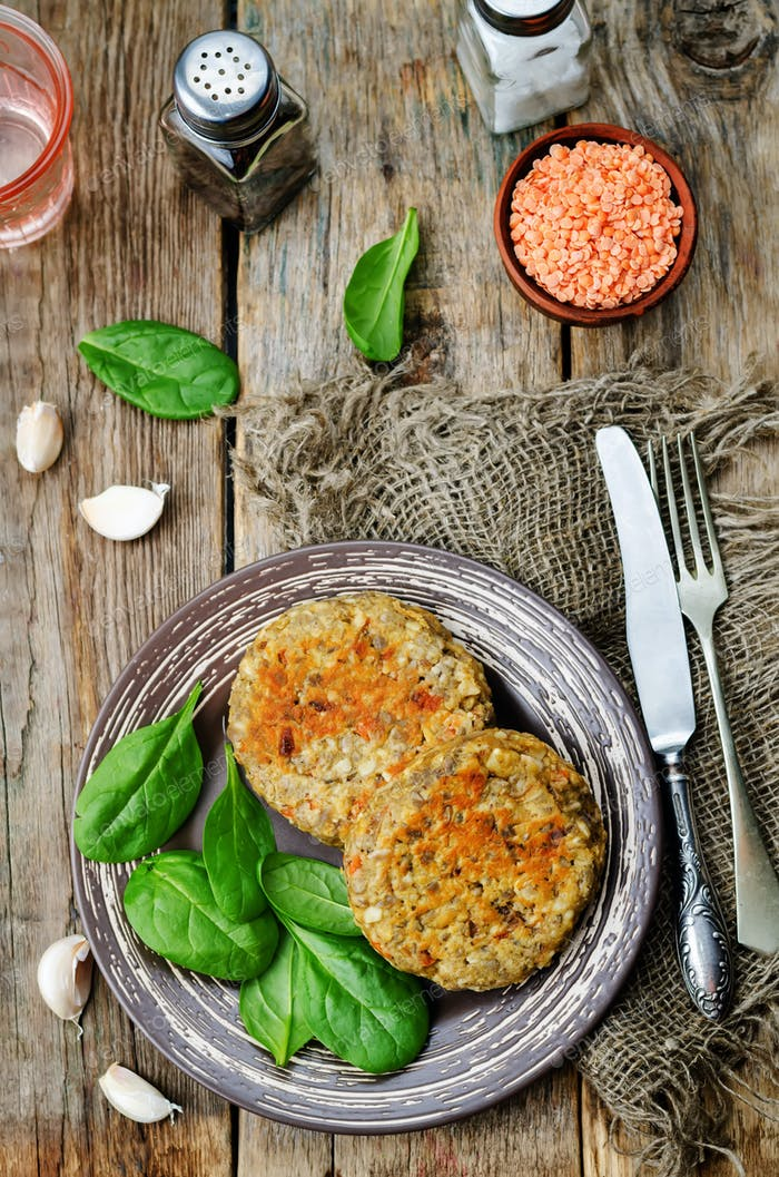 red lentil seeds cashew carrot burgers