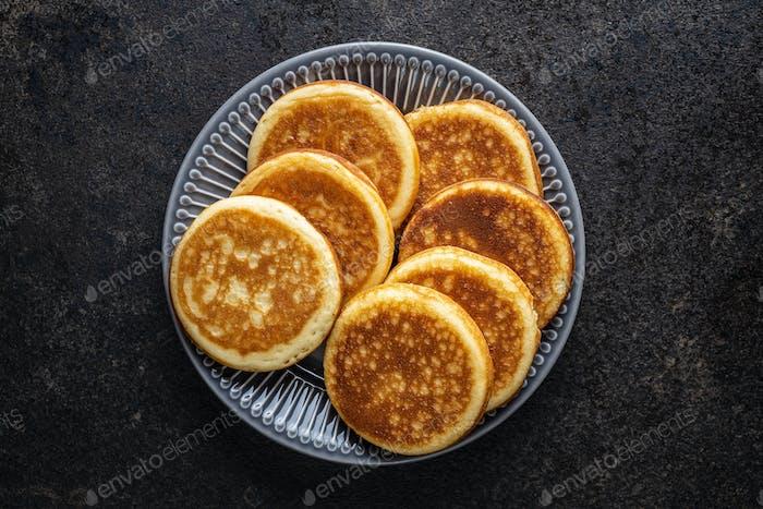 Süße hausgemachte Pfannkuchen.