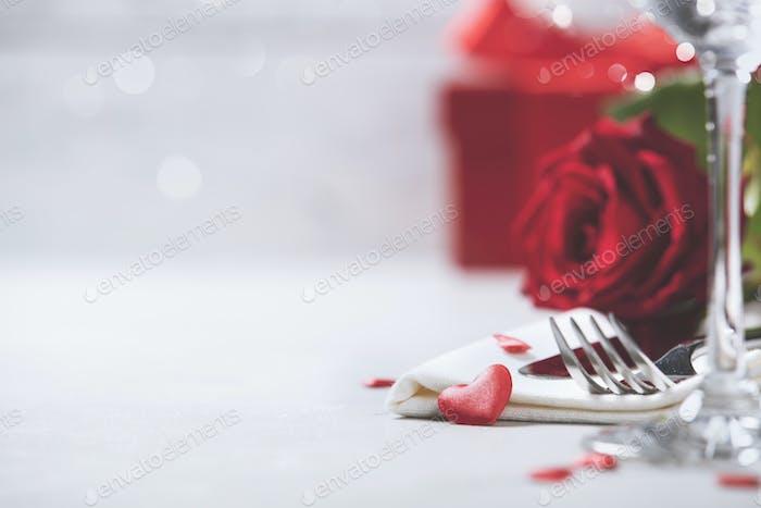 Valentinstag oder romantisches Abendessen Konzept