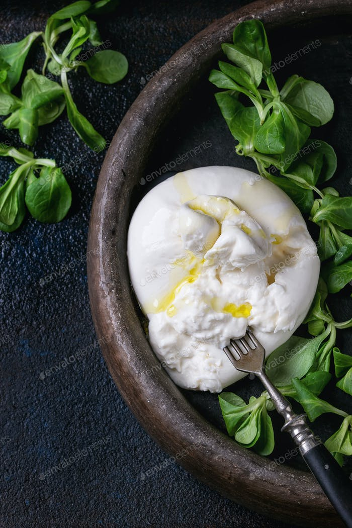 Italienischer Käse Burrata