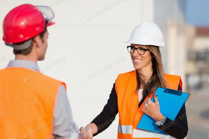 Handhaking after successful meeting