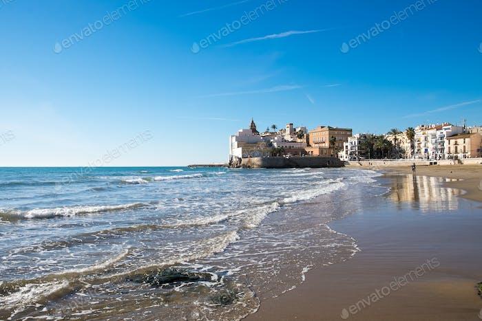 Strand in Sitges in Spanien