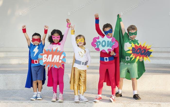 Superhelden Fröhlich Kids Ausdruck Positivität Konzept