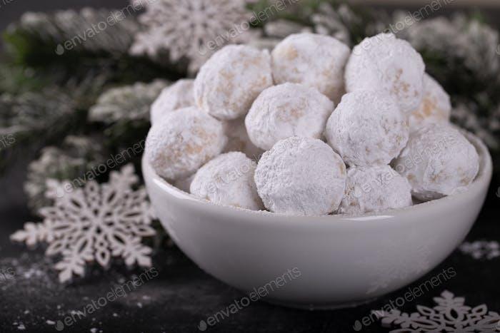 Snow ball cookies