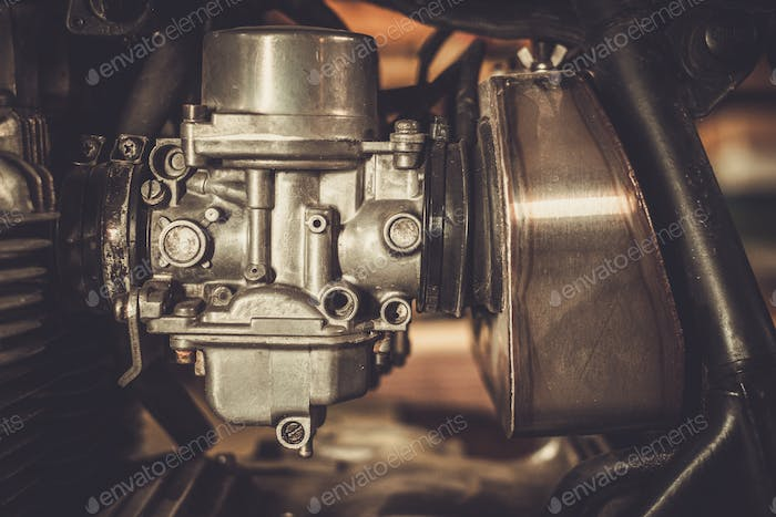 Motorcycle carburetor with custom made air filter box