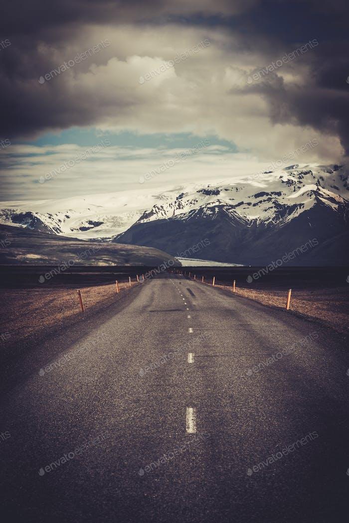Hermosa Carretera en un Parque nacional