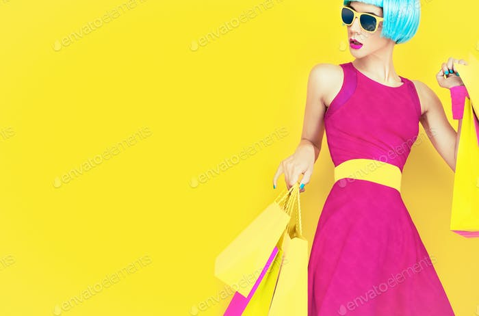 Let's go shopping!Glamorous fashion lady