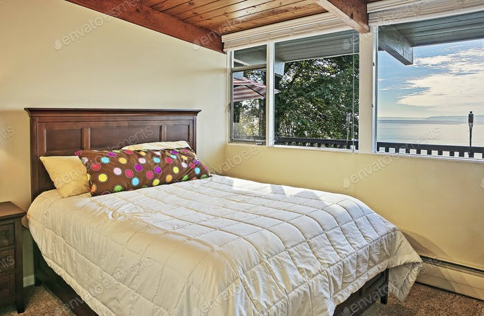Window and bed in bedroom
