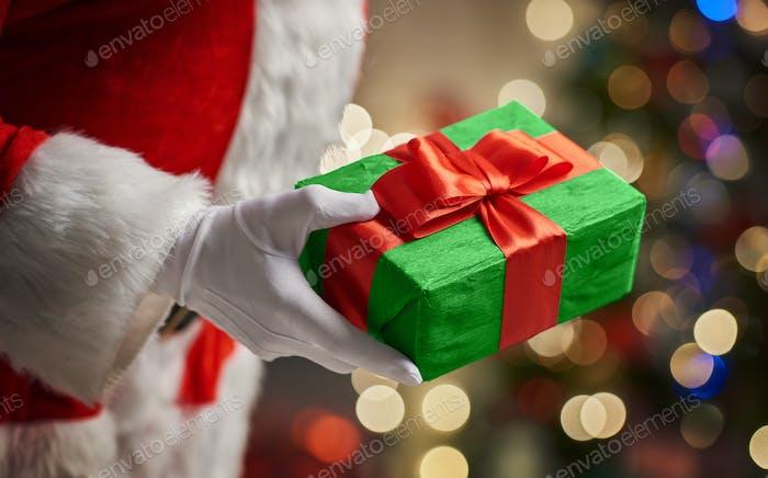 Hände des Weihnachtsmannes