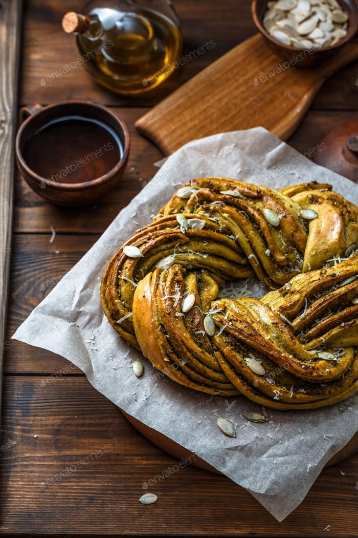 Babka Brioche Wreath with Pesto and Parmesan