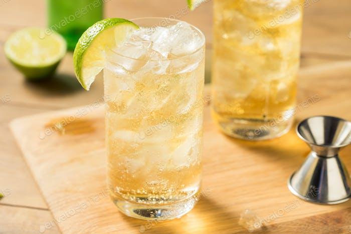 Hausgemachte Bourbon Whisky Ingwer Lime