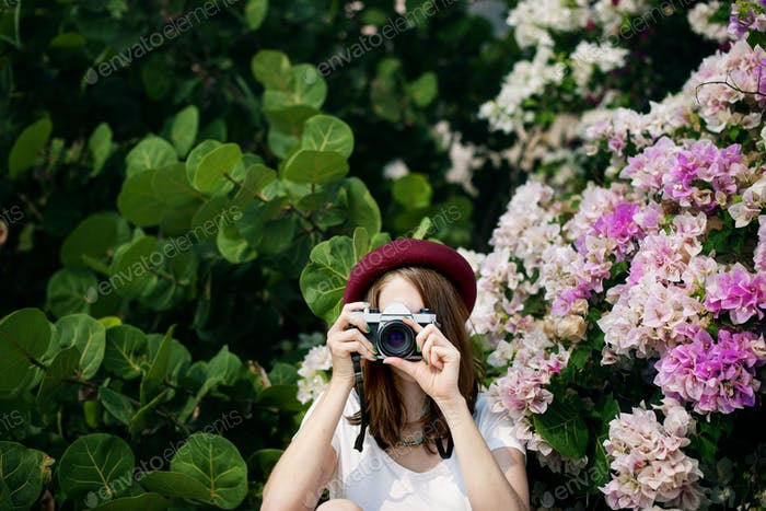 Girl Woman Camera Casual Photograph Photo Concept