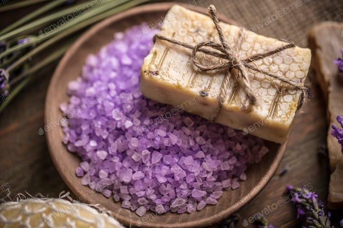 Lavender treatment soap and sea salt