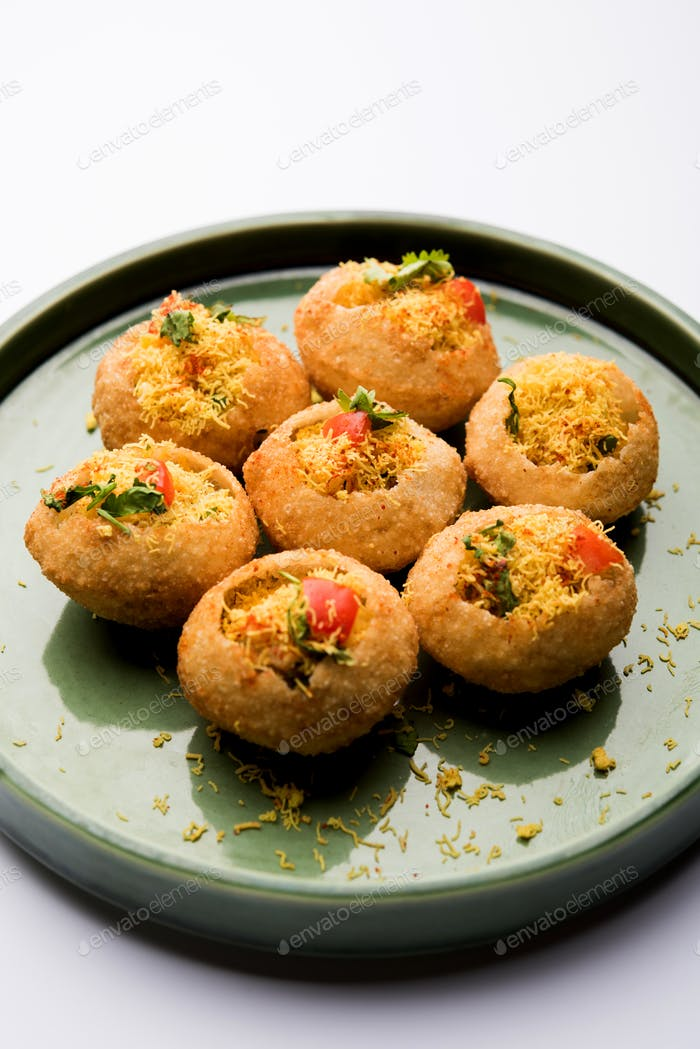 Indian Snack item Sev puri chat