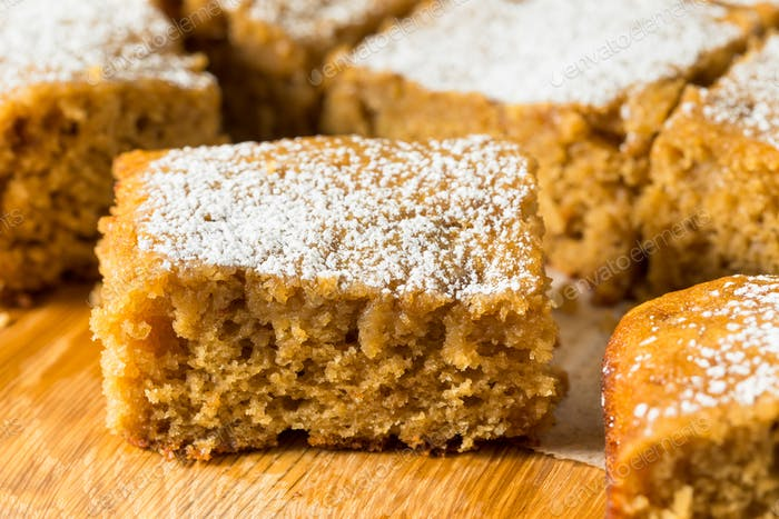 Homemade Sweet Applesauce Cake