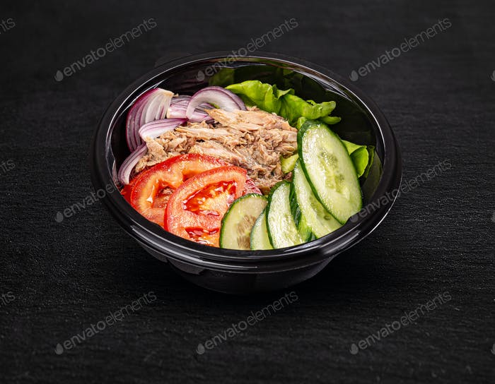 Fresh salad with tuna