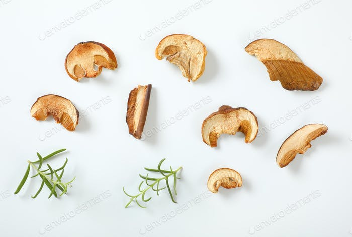 slices of dried mushrooms