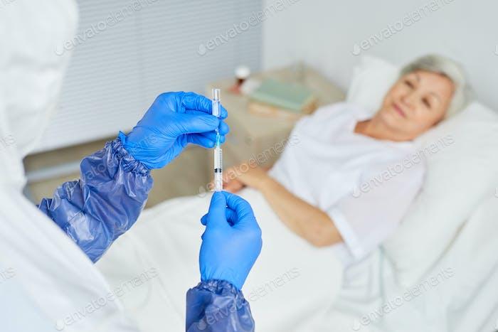 Filling Syringe With Medicament