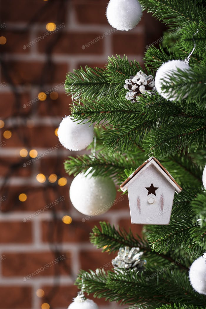 Christmas tree toy in shape of birdhouse
