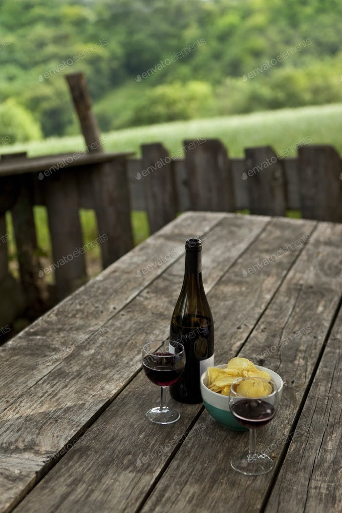 Aperitif time in the countryside