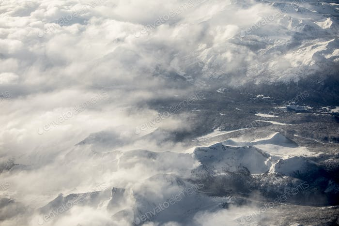 High aerial view of the Sierra Nevada Mountains of California du