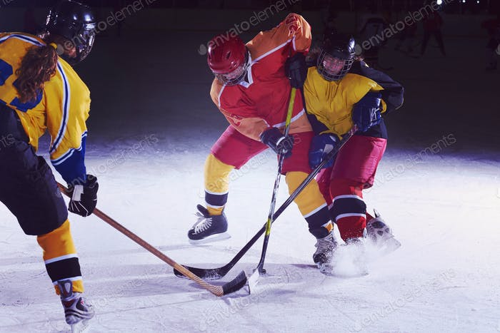 teen Eishockey-Sport-Spieler in Aktion