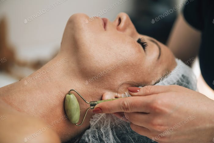 Anti-Aging Neck Massage with Jade Roller Face Massager