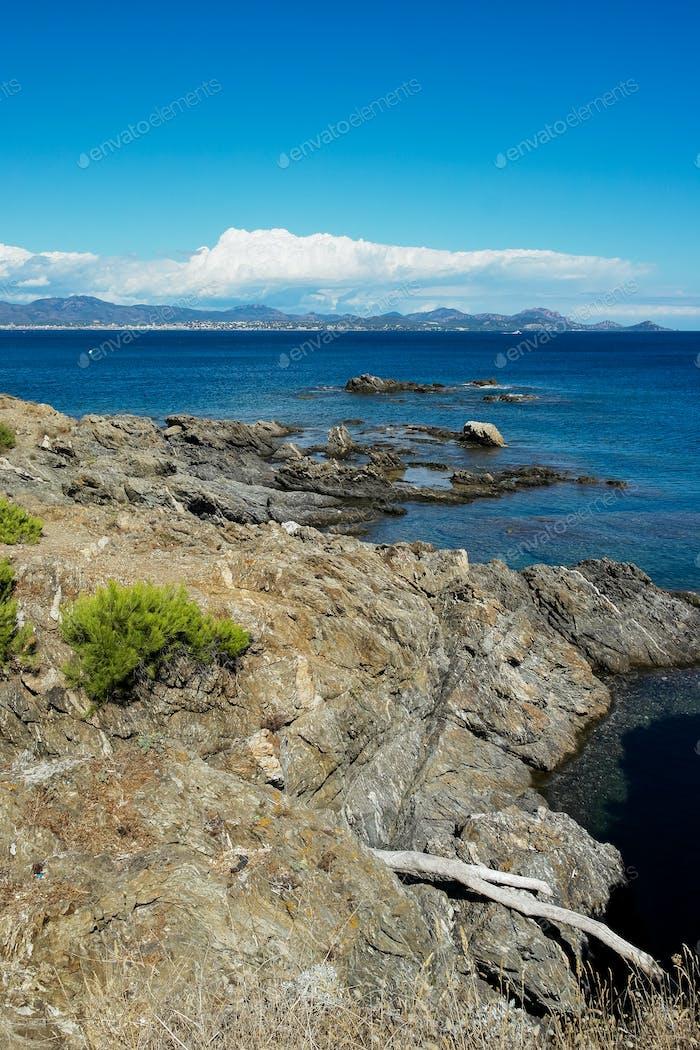 Mittelmeer an der Französischen Riviera