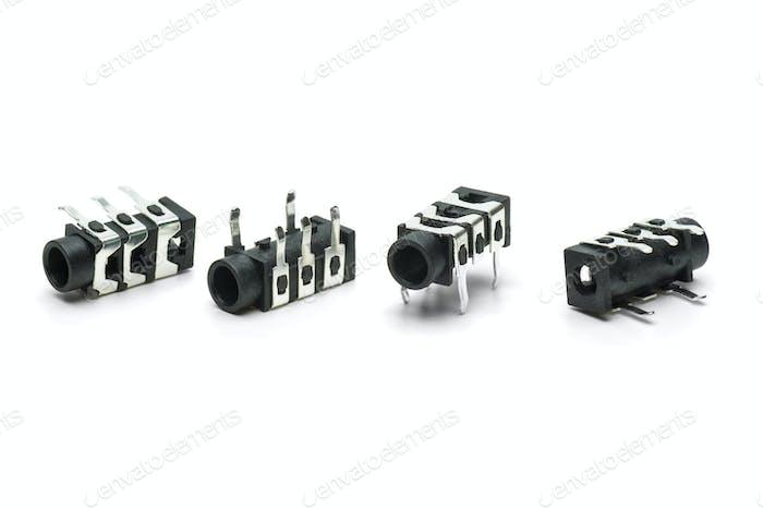 Four female connectors for 3.5mm jacks