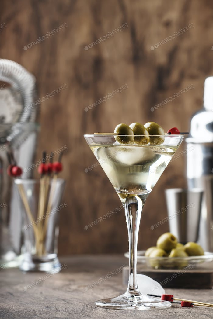 Klassischer Martini Wodka-Cocktail