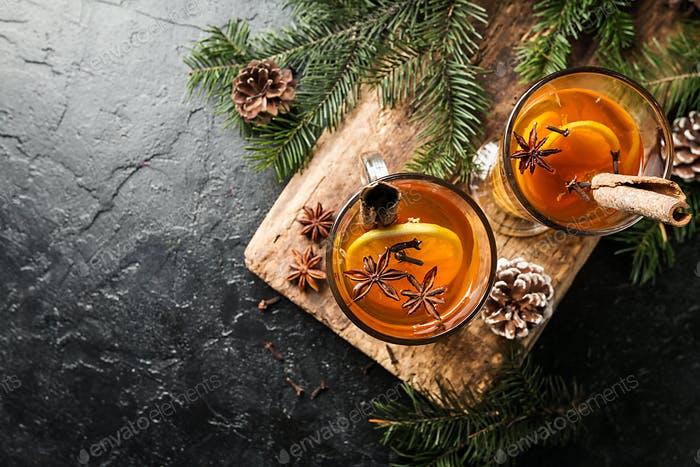 Weihnachts- oder Thanksgiving-Getränk.