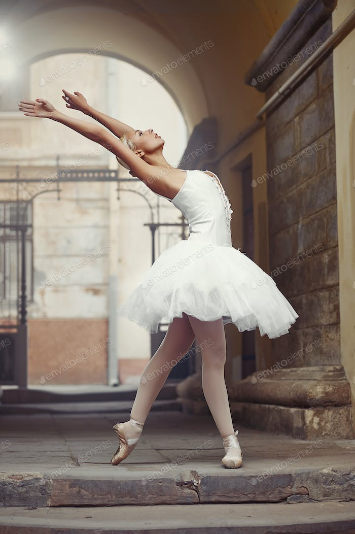 Beautiful ballet woman outdoors