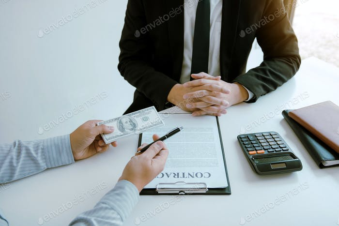 Partner has made a fraud in the contract of sale and being handed a cash and pen