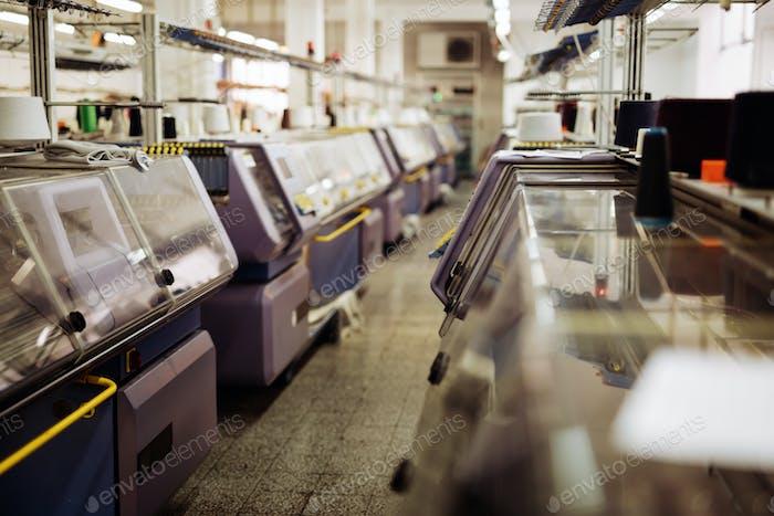 Knitting and weaving machines