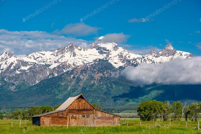 Alte Scheune in Grand Teton Mountains