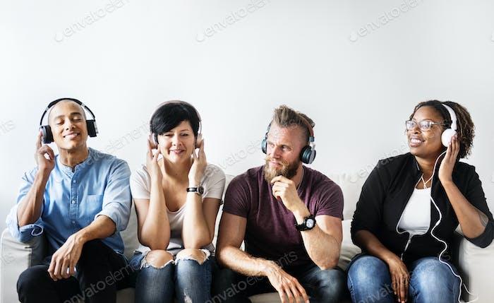 Menschen mit musikalischen Icons