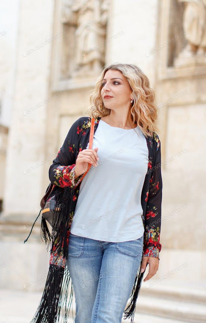 Böhmische Mode junge Frauen