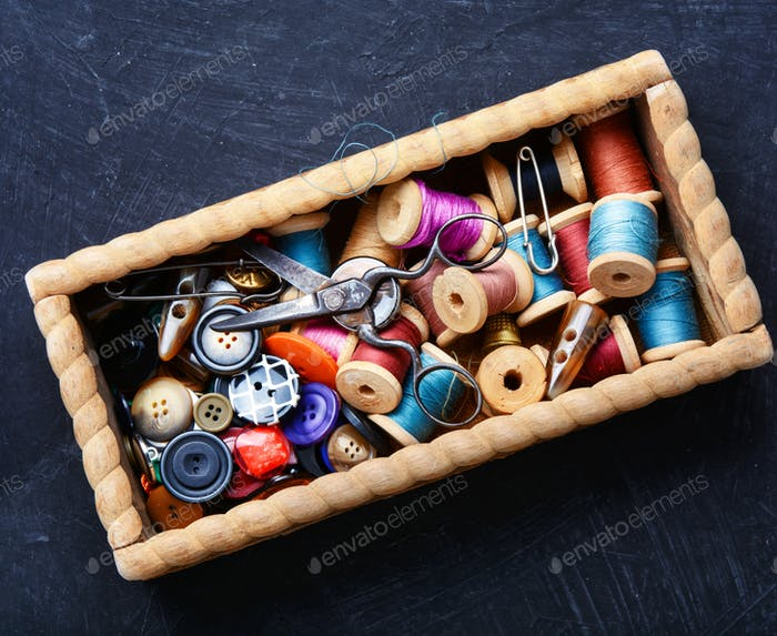 Thread spools and buttons