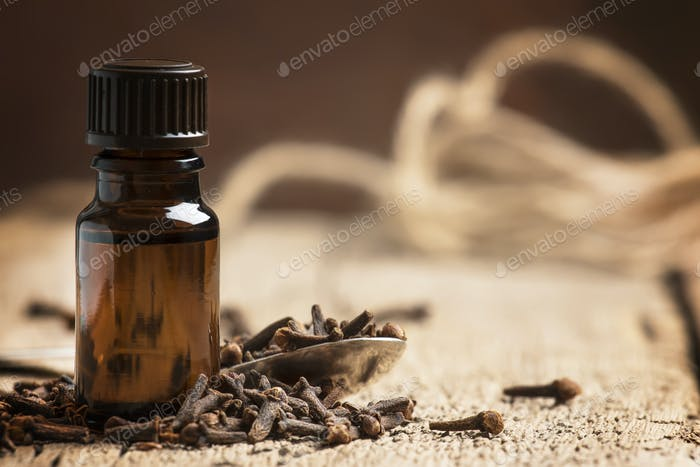 Ätherisches Öl von Nelken