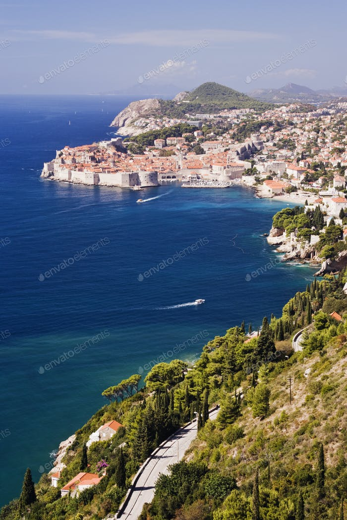 Küstenansicht der Altstadt von Dubrovnik