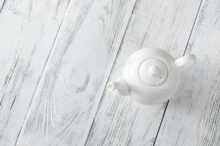 Porzellan Teekanne mit Tee